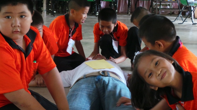 Lunchtime Massage From The Children