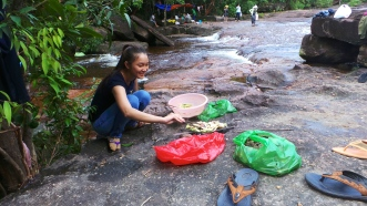 Barbecuing on the Rocks Mid River - Suoi Da Ban, Phu Quoc